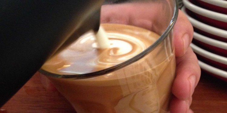How to make a Flat White coffee?