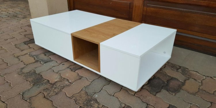 Traditional Coffee Tables and End Tables
