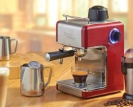 Italian coffee, Espresso makers